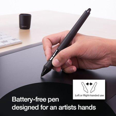 Wacom Intuos Pro Medium grip pen & the extra nibs